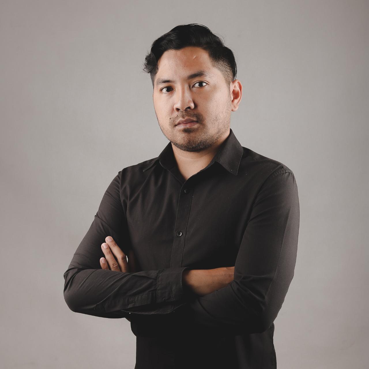 Rully - CEO Tokoweb.co